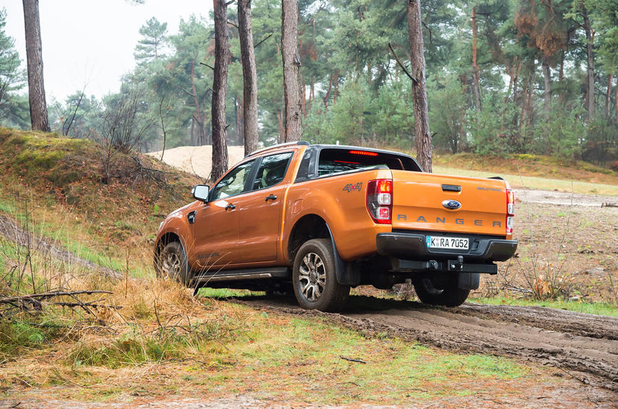 Ford Ranger Wildtrak tackling a rut