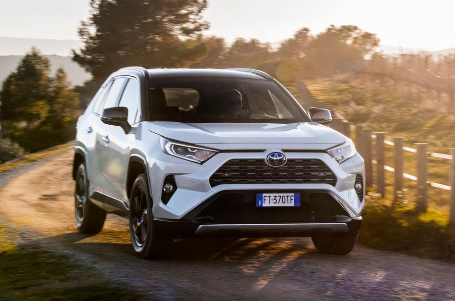 Toyota RAV4 Dynamic FWD 2019 review | Autocar
