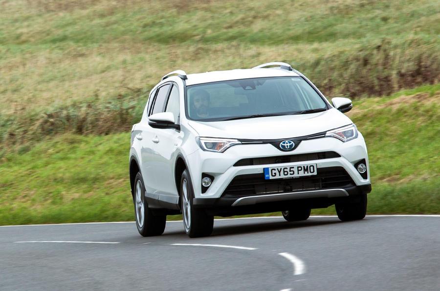 Toyota RAV4 Hybrid cornering