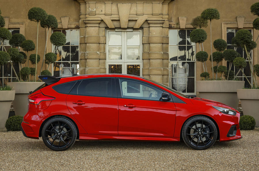 Ford Focus RS goes festive with new Red Edition