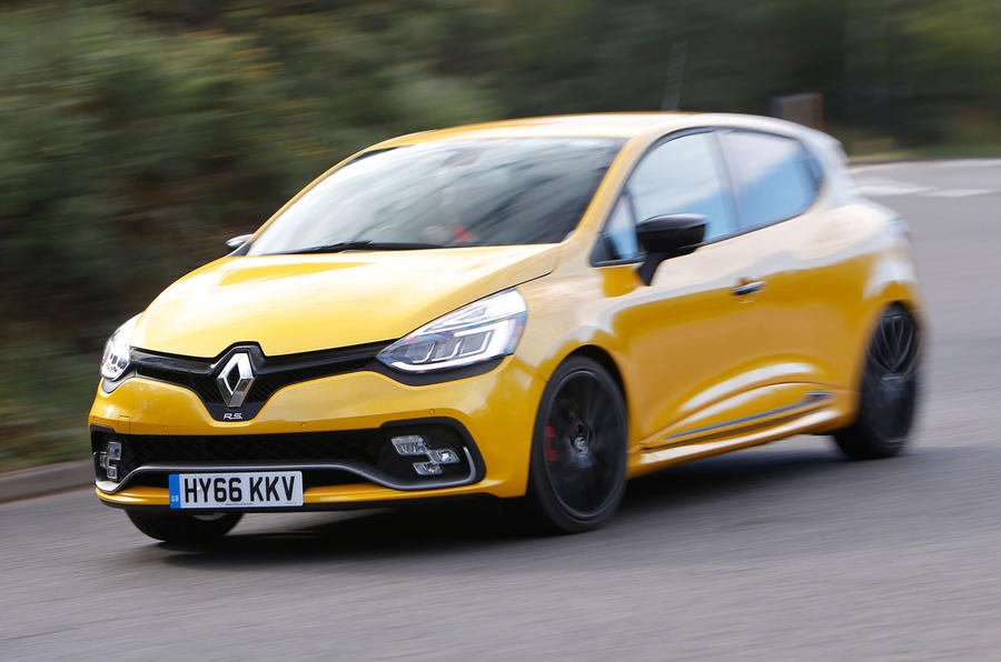 2016 renault clio rs 220 trophy uk review review autocar. Black Bedroom Furniture Sets. Home Design Ideas