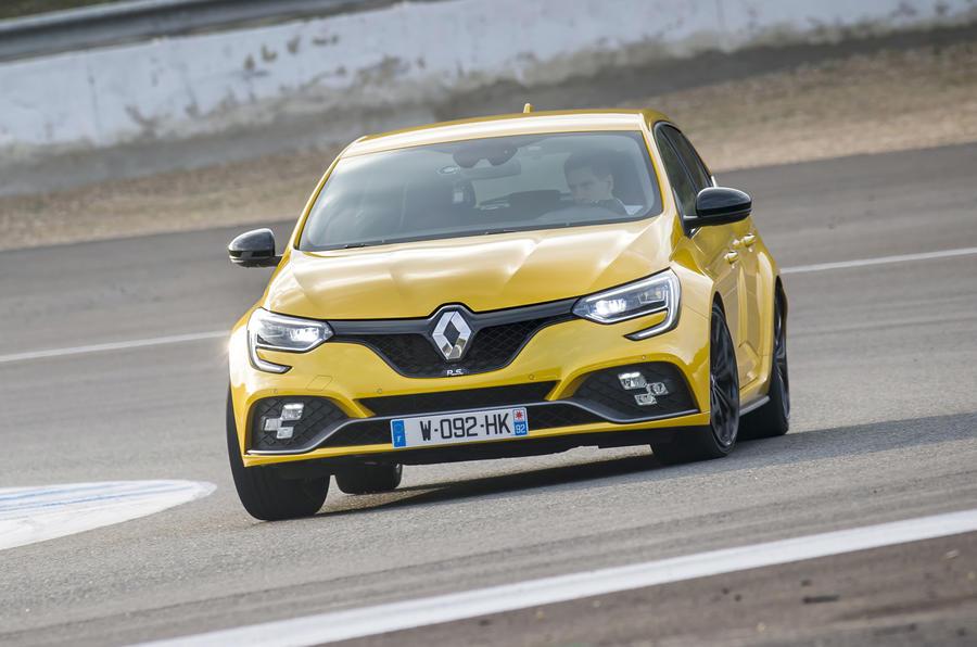 Renault Mégane RS cornering