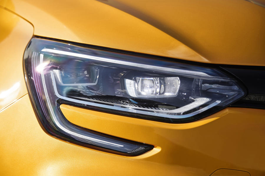 Renault Mégane RS LED headlights