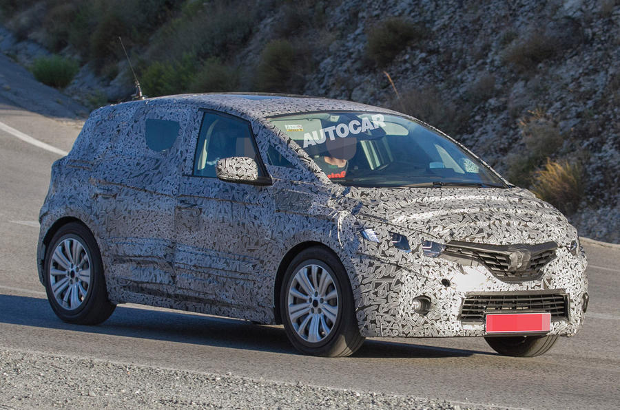 2016 renault scenic spotted testing in new spy pictures autocar. Black Bedroom Furniture Sets. Home Design Ideas