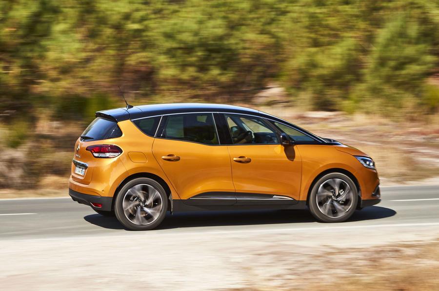 2016 Renault Scenic at Geneva – Driven To Write