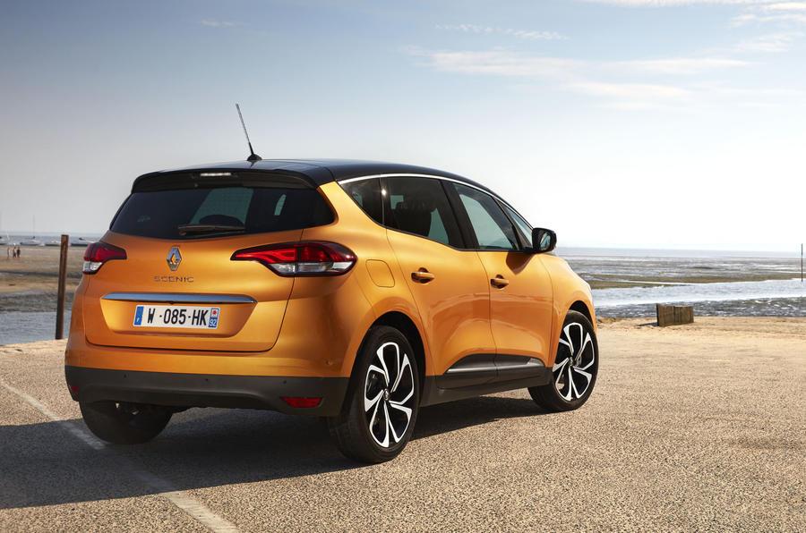 Renault Scenic rear quarter