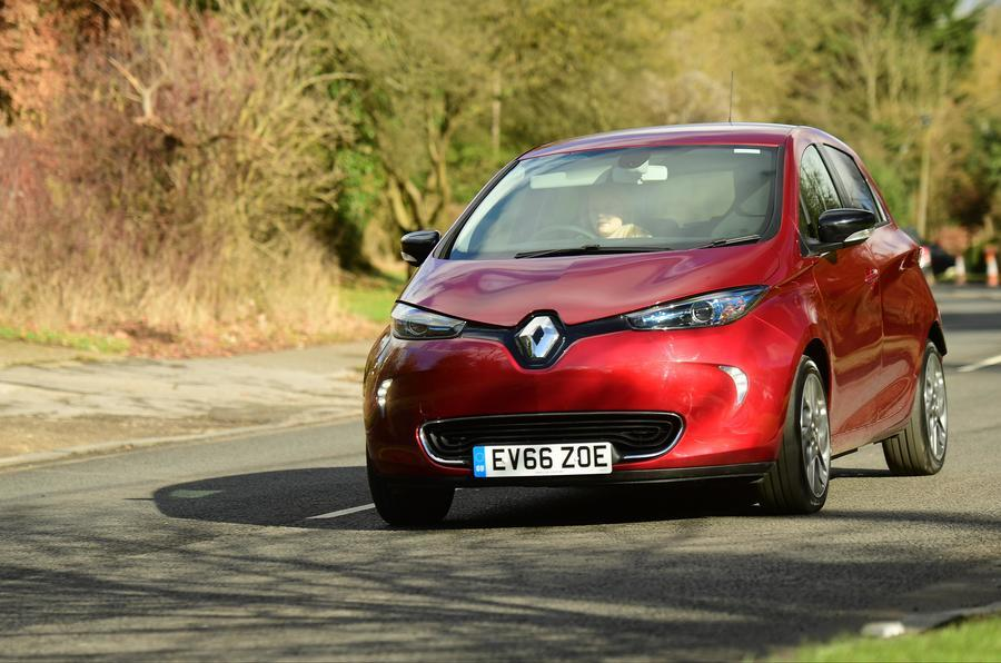 Renault shows off road that charges EVs at 100km/h