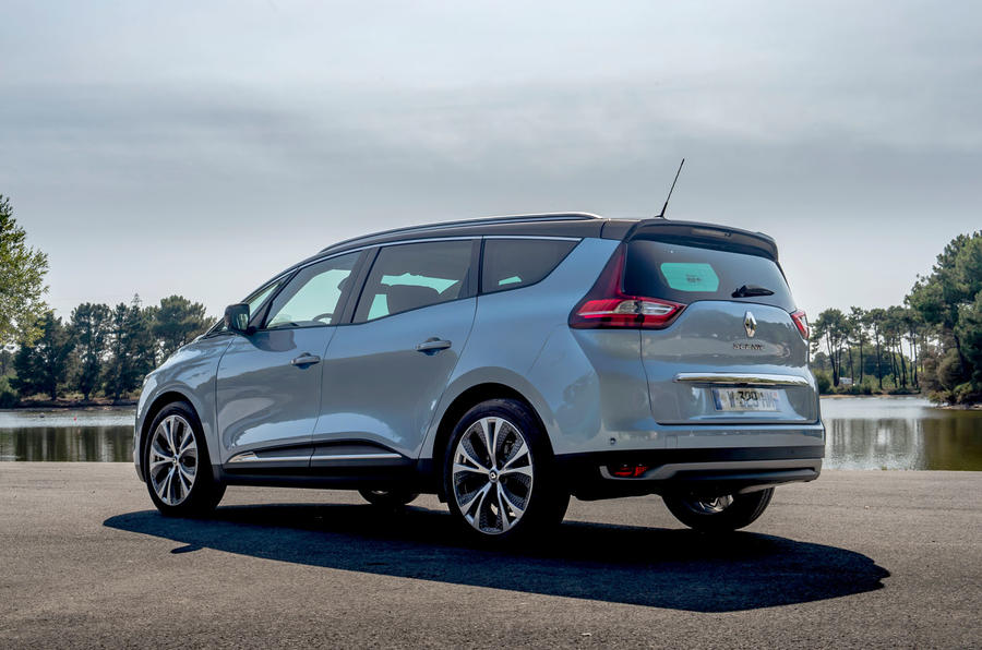 2016 renault scenic and grand scenic uk pricing revealed autocar. Black Bedroom Furniture Sets. Home Design Ideas