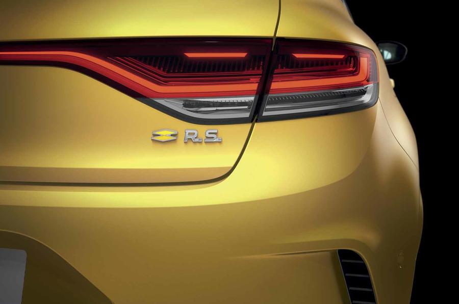 Renault Megane facelift RS rear badge