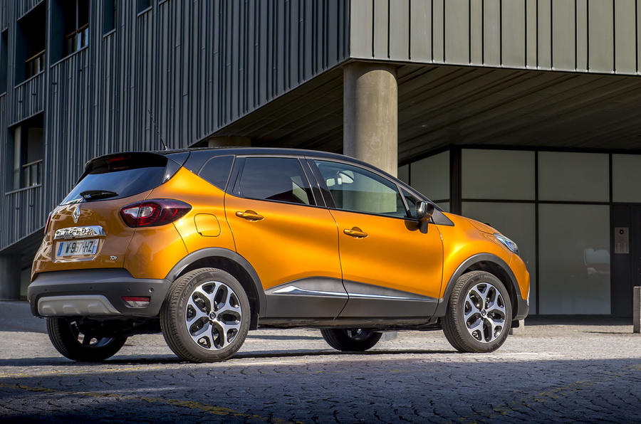 Renault Captur rear quarter