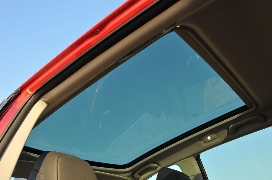 Renault Kadjar panoramic sunroof