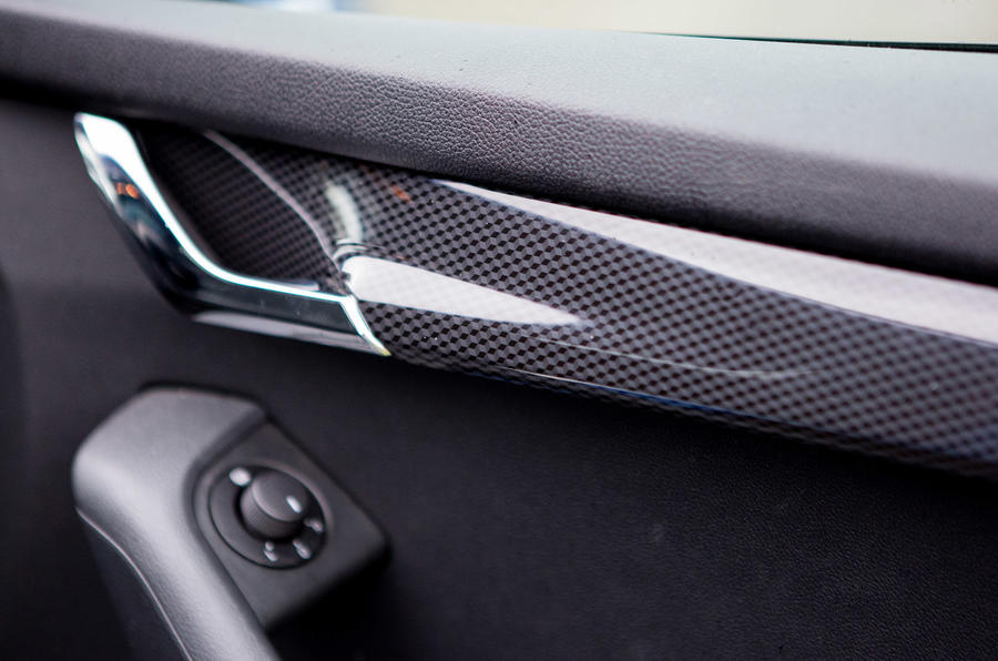 Skoda Octavia vRS door card