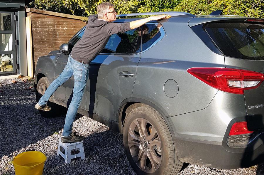 SSangyong Rexton longterm review - Richard washing car