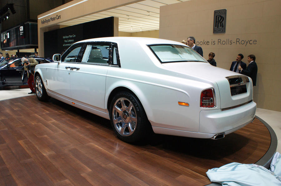 Rolls Royce Phantom Serenity Showcases Bespoke Design
