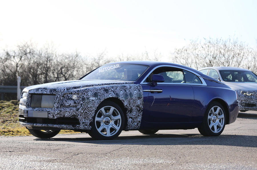 Rolls-Royce Wraith facelift spy shots