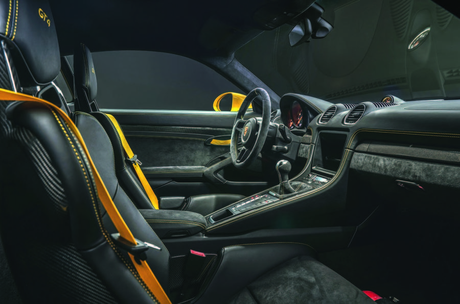 Porsche 718 Cayman GT4 and Spyder bring back the flat-six engine
