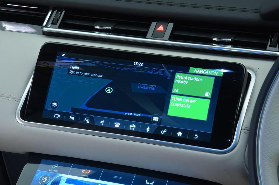Range Rover Velar infotainment system