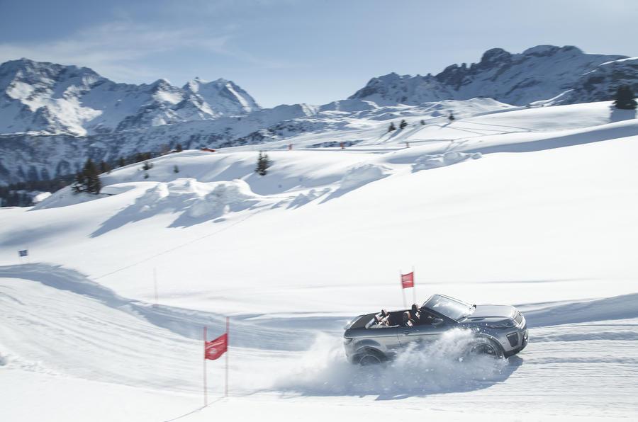 Range Rover Evoque Convertible in the snow
