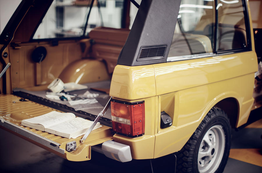 1978 two-door Range Rover boot