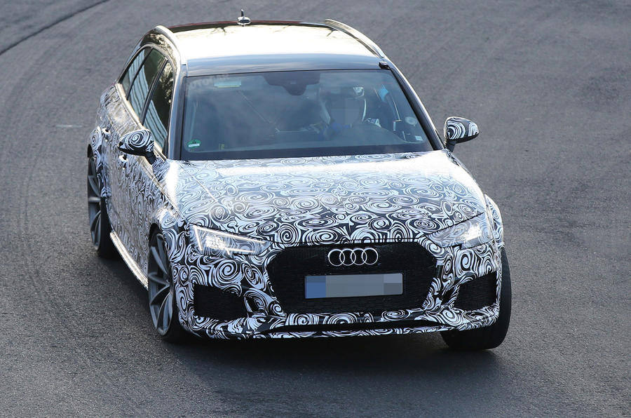 Audi RS4 spy shots