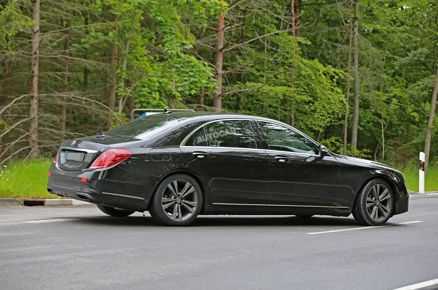 Mercedes-Benz S-Class spy picture
