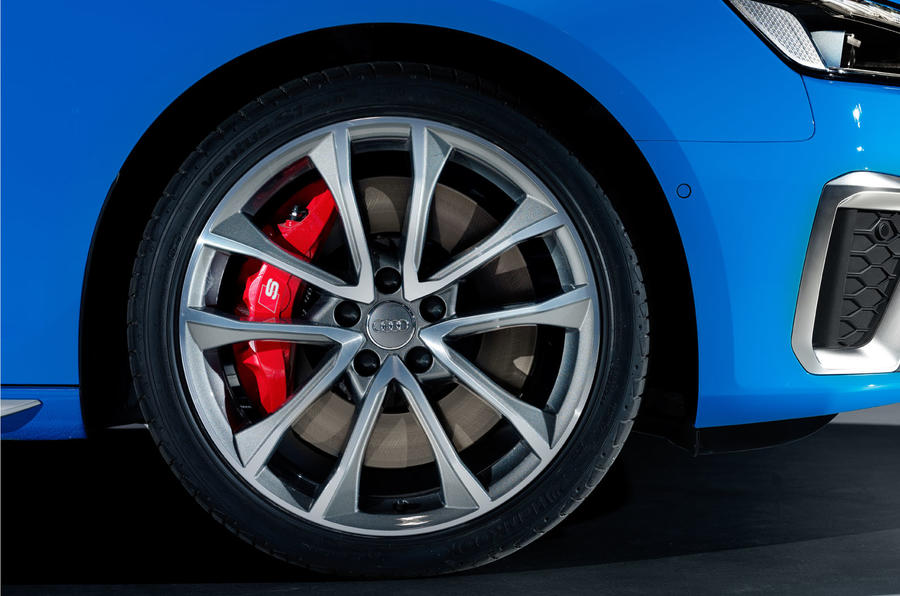2019 Audi S4 press packet - wheel