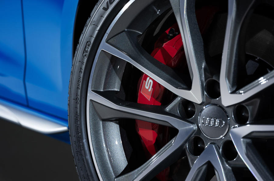 2019 Audi S4 press packet - detail