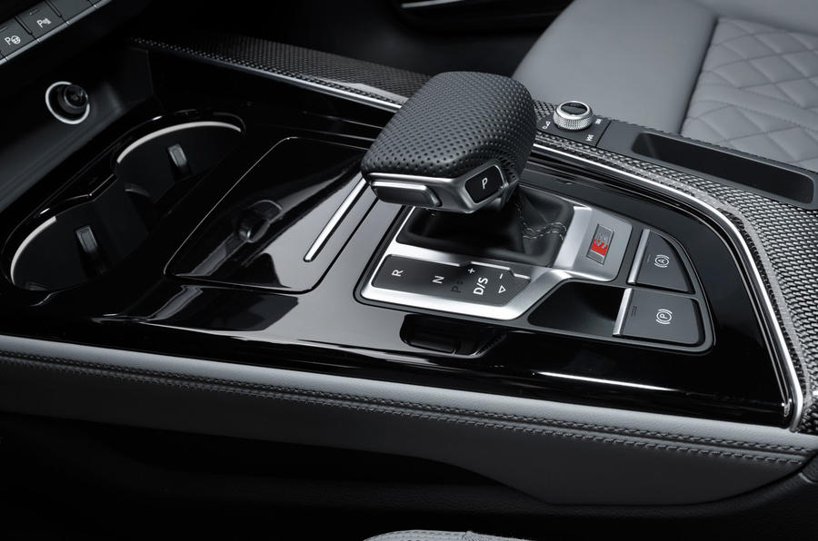 2019 Audi S4 press packet - gearstick