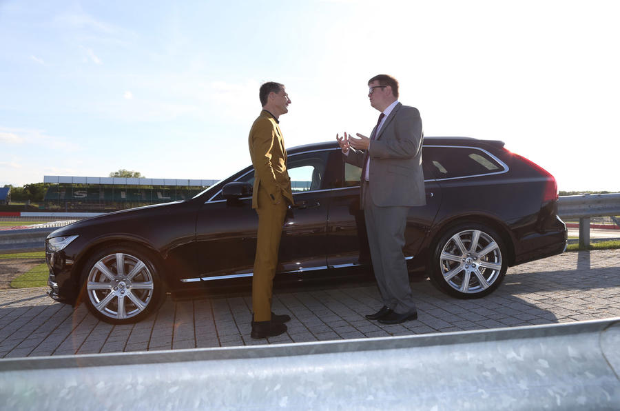 Saunders talks Volvo V90 with Ingenlath