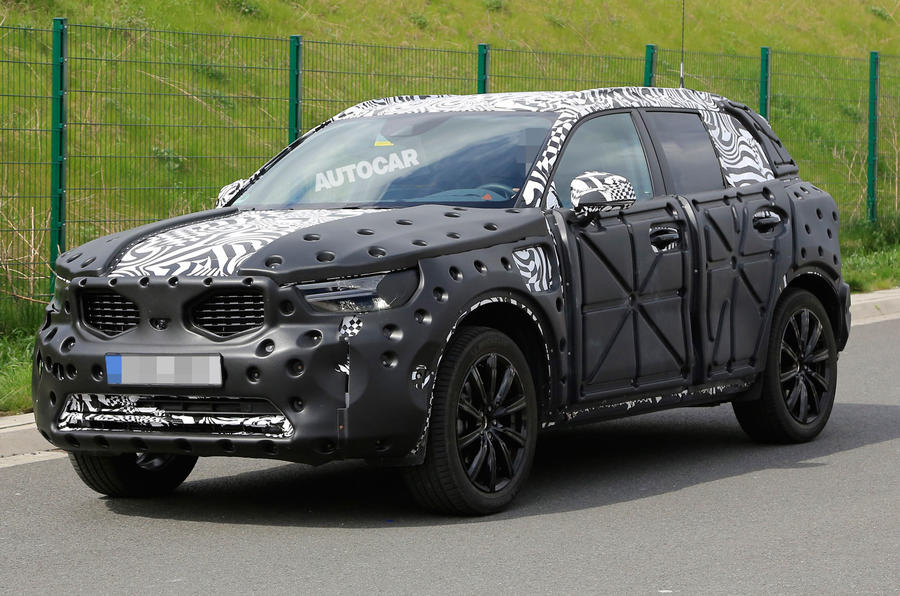 volvo xc40 future bmw x1 rival spotted testing on uk roads autocar. Black Bedroom Furniture Sets. Home Design Ideas