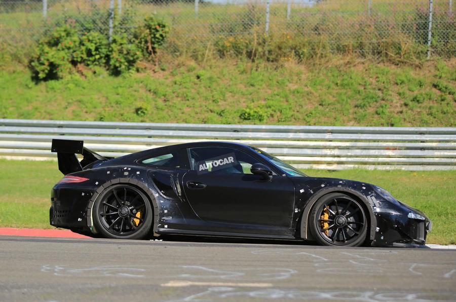 2018 Porsche 911 GT2 RS to ditch GT3 RS arch vents | Autocar