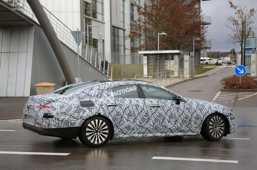 2018 mercedes benz cle spotted testing more pics autocar for Mercedes benz cle