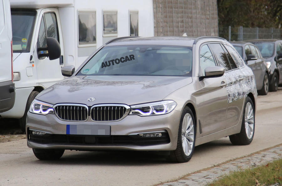 2017 BMW 5 Series Touring spotted almost undisguised
