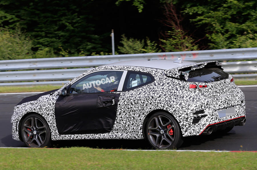 2018 hyundai veloster interior. exellent veloster hyundai veloster n hot hatch due in 2018 with 275bhp in hyundai veloster interior