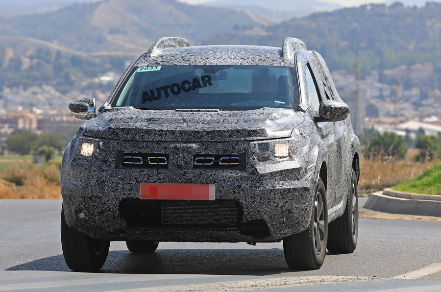 next dacia duster breaks cover ahead of 2018 launch autocar. Black Bedroom Furniture Sets. Home Design Ideas