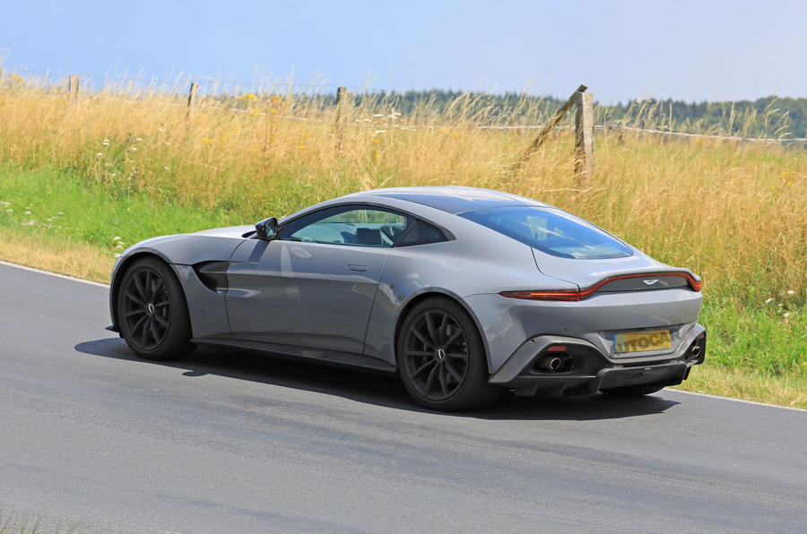 2019 Aston Martin Vantage Will Be First To Mate Manual Gearbox To