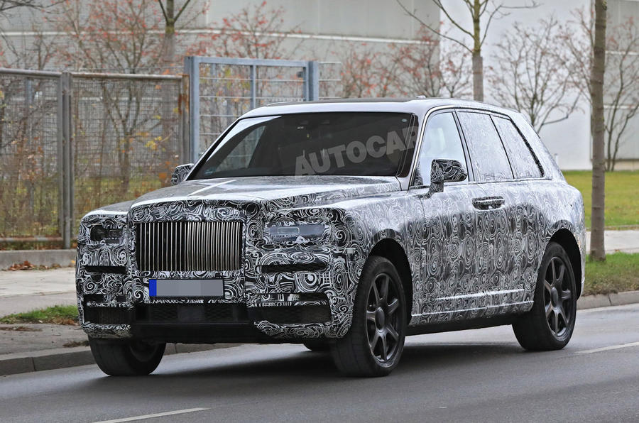 rolls royce cullinan to get pop out seats in lower tailgate autocar. Black Bedroom Furniture Sets. Home Design Ideas