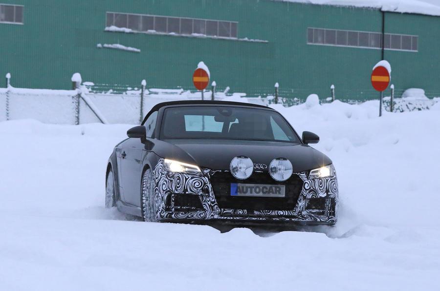 2019 Audi TT facelift: more R8 design cues and 400bhp TT RS