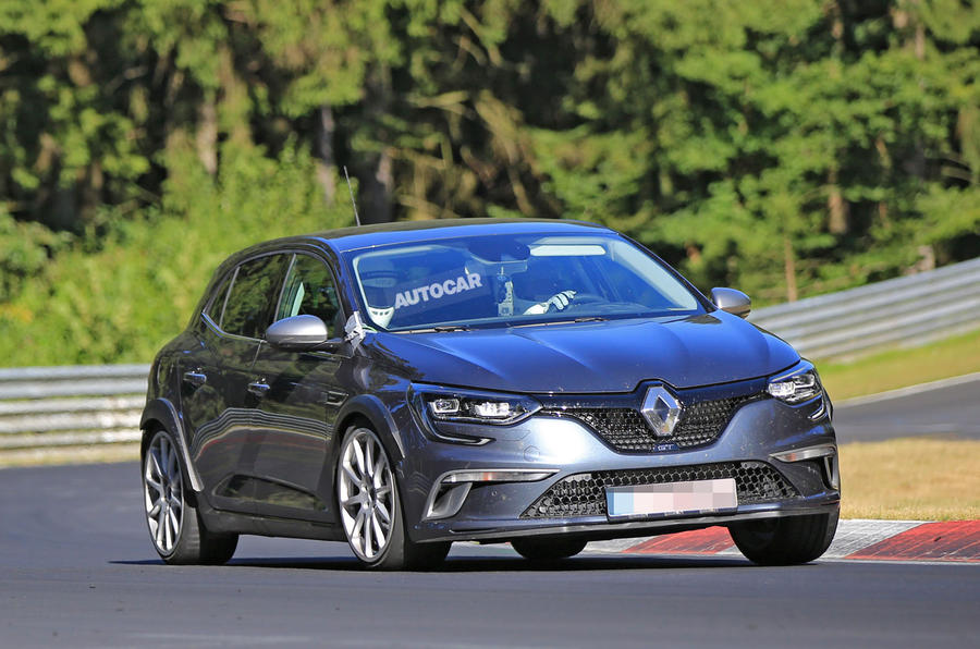 2018 Renault Mégane RS spy shots