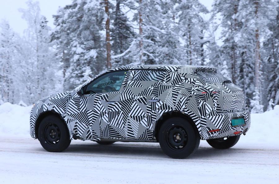 2019 DS 3 Crossback: new pics of future Audi Q2 rival