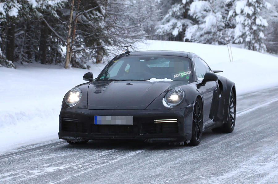 2019 Porsche 911: new pics of 630bhp Turbo S