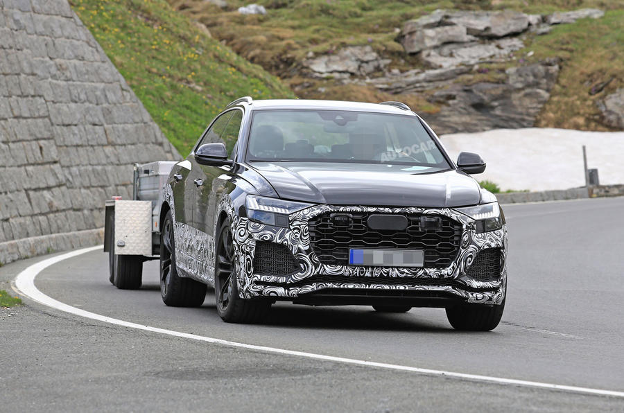 Audi RS Q8 Could Pack The Panamera's 670-HP Hybrid Powertrain