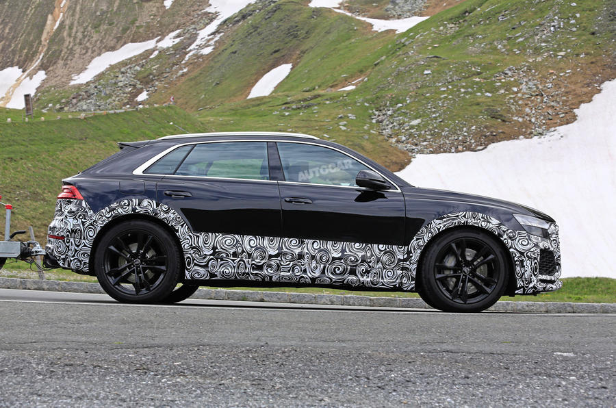 Audi SQ8 spied, Koenigsegg supercar teased, Ferrari 250 GTO listed for sale