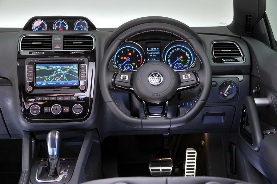 Volkswagen Scirocco R dashboard