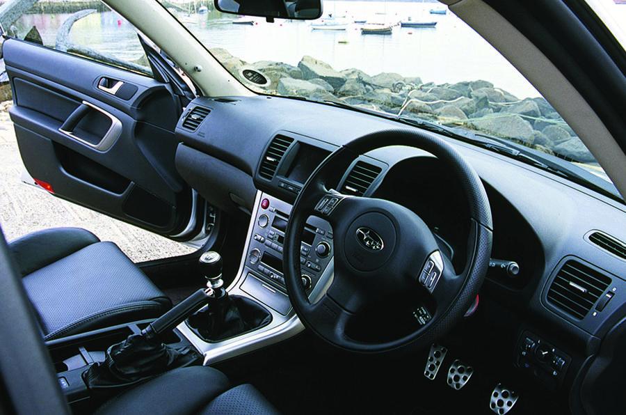 Subaru Legacy 3.0R Spec B interior
