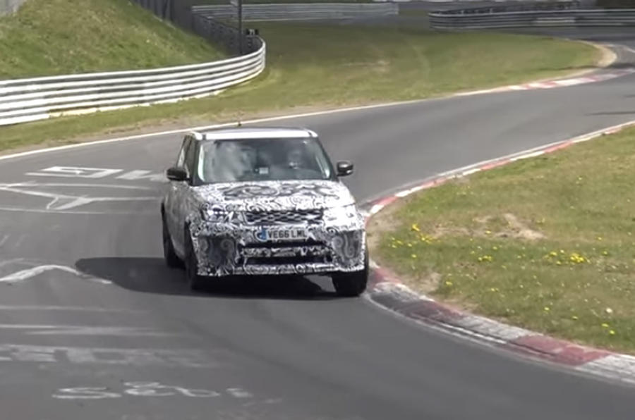 Range Rover Sport SVR cornering