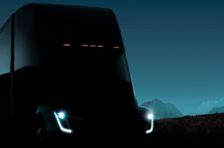 Tesla launches electric truck with big power and range