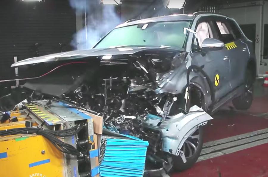 Volkswagen Touareg crash test