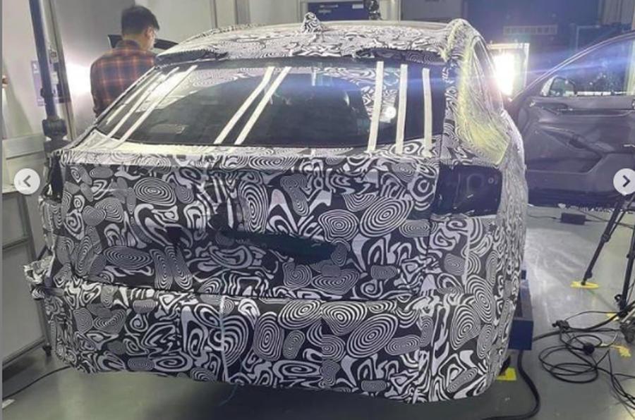 2021 Ford Mondeo prototype