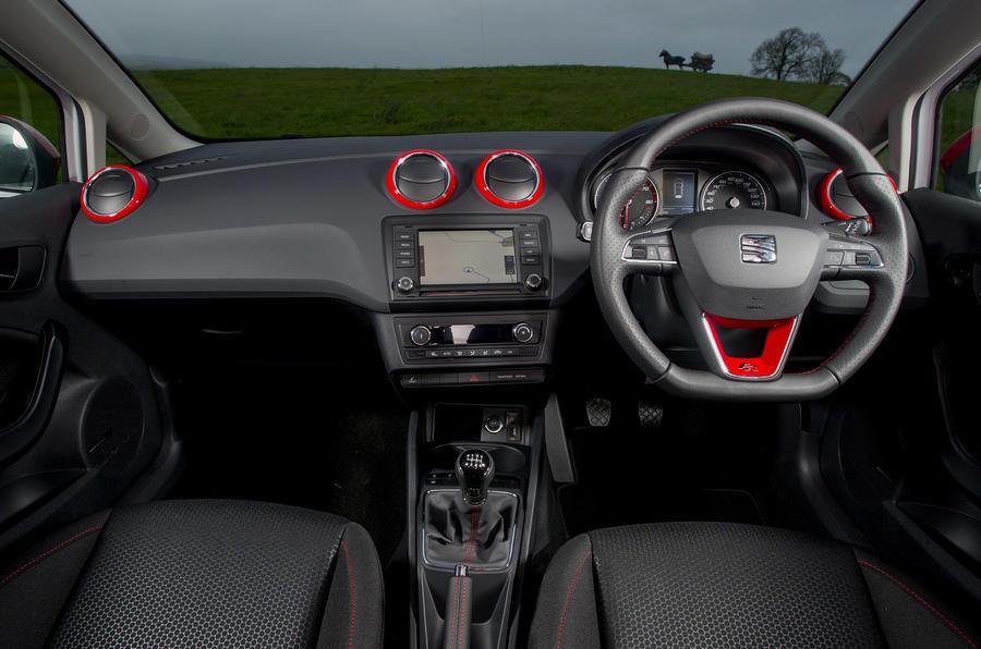 Seat Ibiza FR dashboard